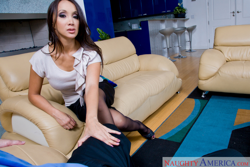Katsuni and John Strong asian1on1