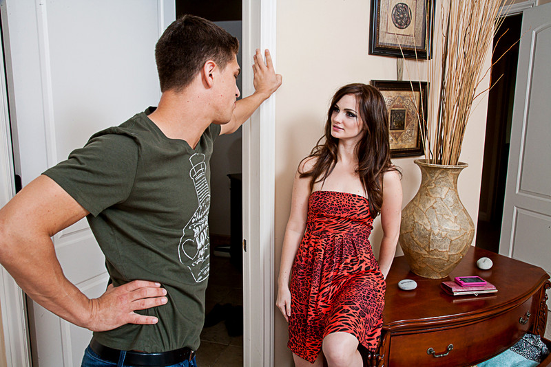 Lily Carter and Bruce Venture mydadshotgirlfriend