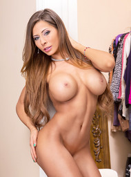 Madison Ivy and Bill Bailey in mydadshotgirlfriend - Centerfold