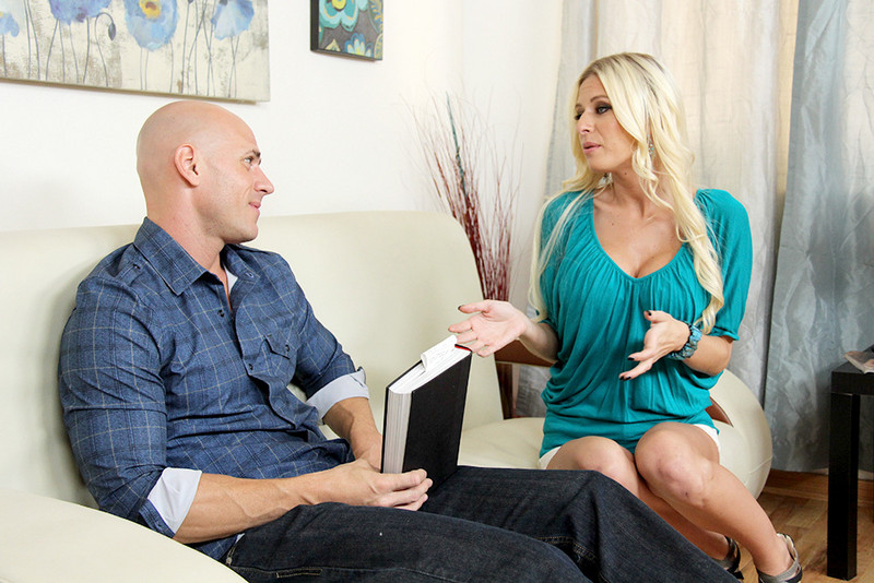 Riley Evans and Johnny Sins in mydadshotgirlfriend
