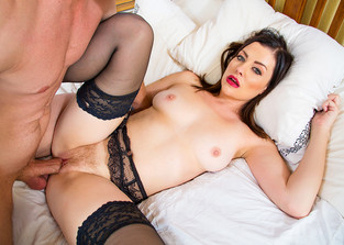 hairy-pussy Sovereign Syre and Bill Bailey