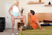 Stevie Shae and Johnny Castle in mydadshotgirlfriend - Sex Position 1