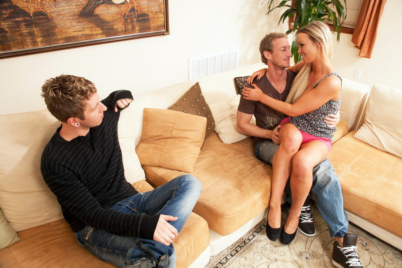 Abbey Brooks and Danny Wylde in myfriendshotgirl