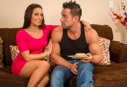 Gracie Glam and Johnny Castle in myfriendshotgirl - Sex Position 1
