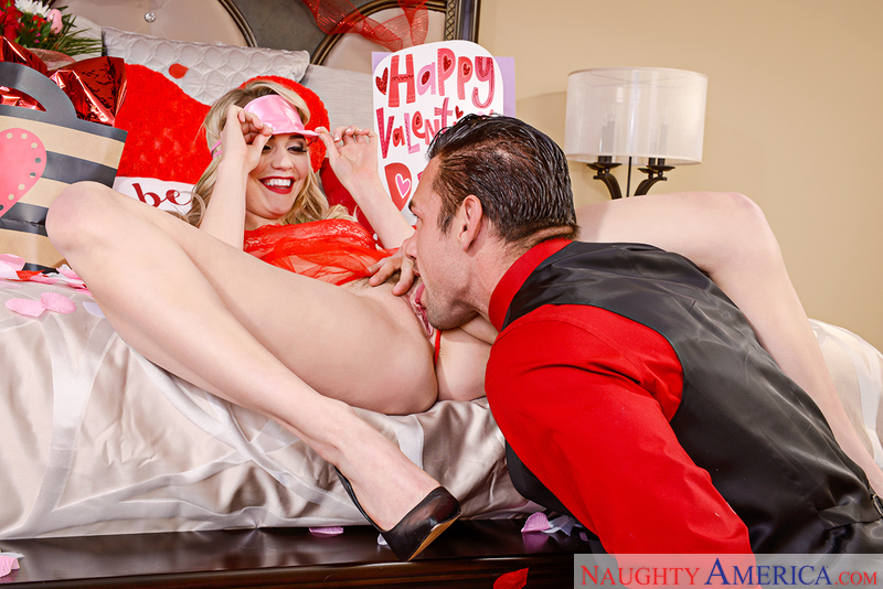 Mia Malkova and Johnny Castle in myfriendshotgirl