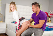 Zoey Monroe and Johnny Castle in myfriendshotgirl - Sex Position 1