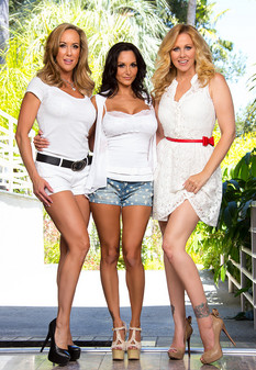 naughtyamerica Julia Ann, Brandi Love, Ava Addams and Mr. Pete