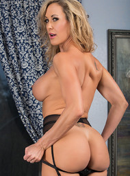 Brandi Love and Giovanni Francesco in myfriendshotmom - Centerfold