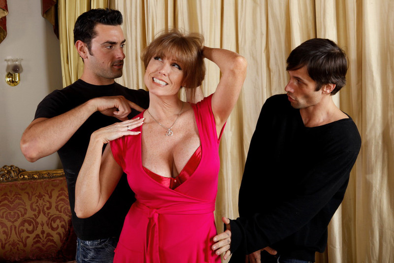 Darla Crane, Alan Stafford and Ryan Driller in myfriendshotmom