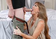 Darla Crane and Buddy Hollywood in myfriendshotmom - Sex Position 2