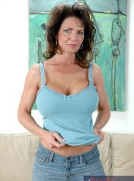 Deauxma, Alex Gonz and Jack Venice in myfriendshotmom - Centerfold