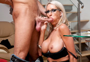 Emma Starr in myfriendshotmom - Sex Position 1