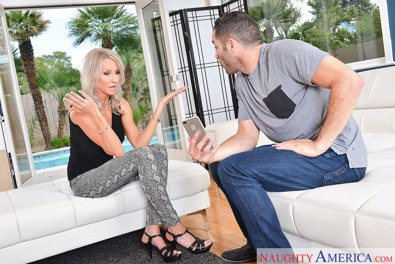 Emma Starr and Damon Dice myfriendshotmom