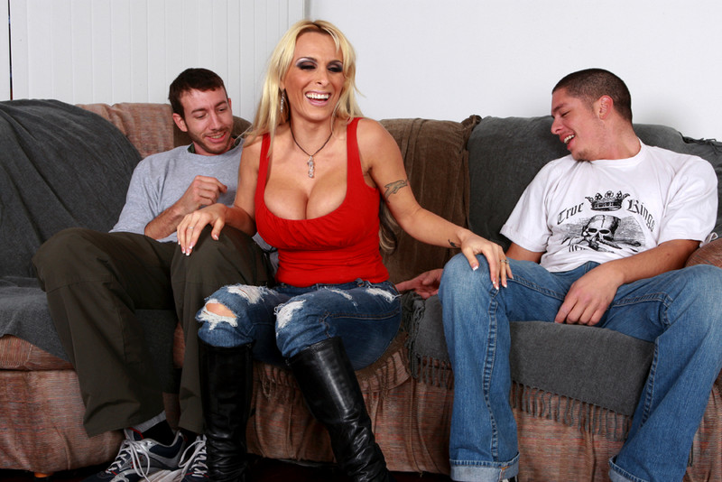 Holly Halston in myfriendshotmom