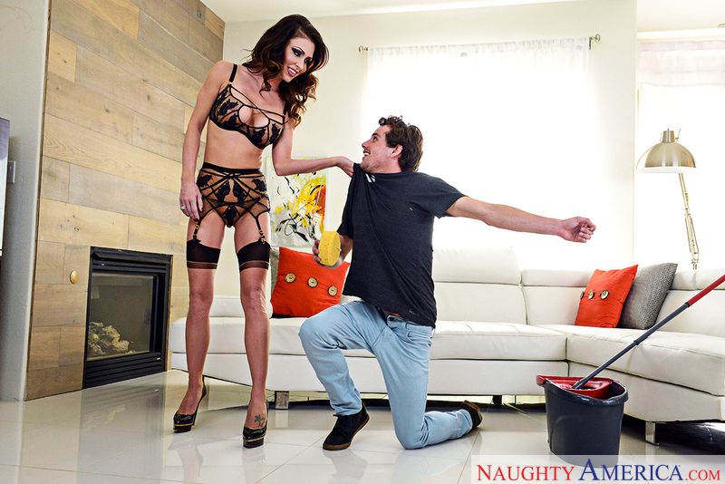 myfriendshotmom.com Jessica Jaymes and Tyler Nixon