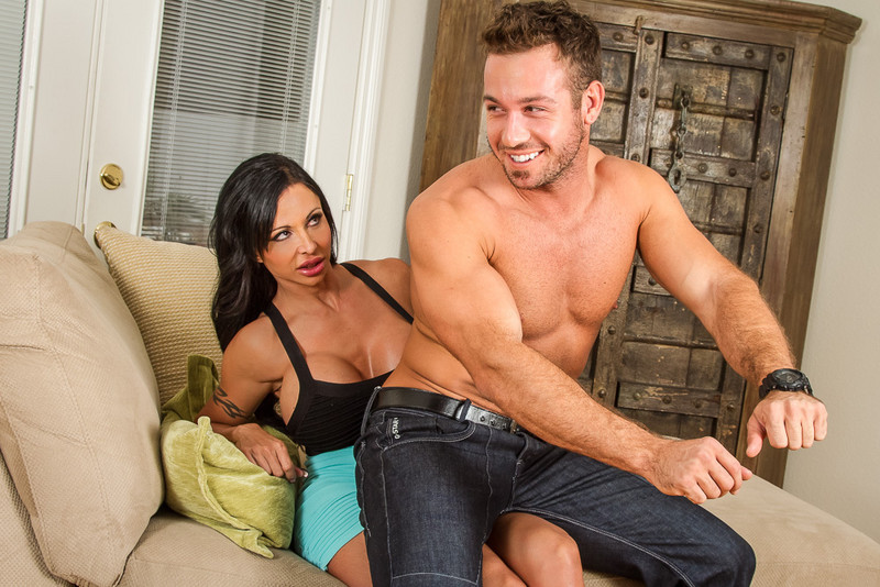 Jewels Jade and Chad White in myfriendshotmom