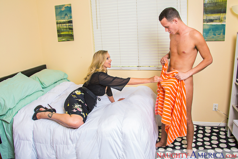 Julia Ann and Justin Hunt myfriendshotmom