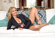 Julia Ann and Ryan Ryder in myfriendshotmom - Sex Position 1