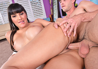 brown-eyes Mercedes Carrera and Lucas Frost