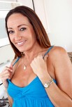 myfriendshotmom.com Michelle Lay