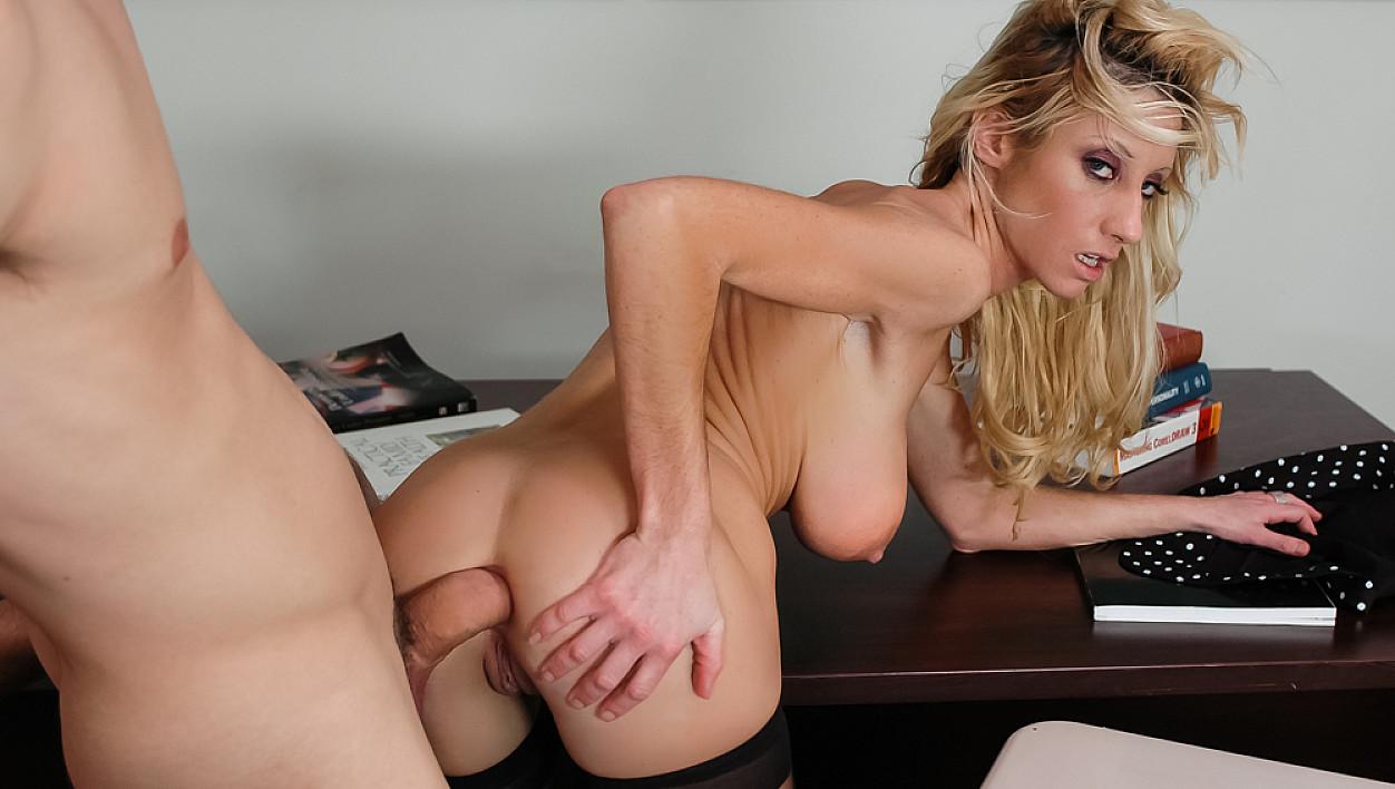 Brooke Lima Porn Pics